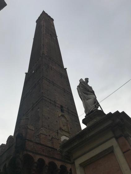 Vroeger stonden er volgens Arnout heel veel torens in de stad.